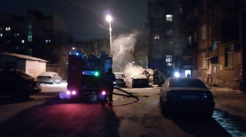За сутки в городе сгорели четыре автомобиля