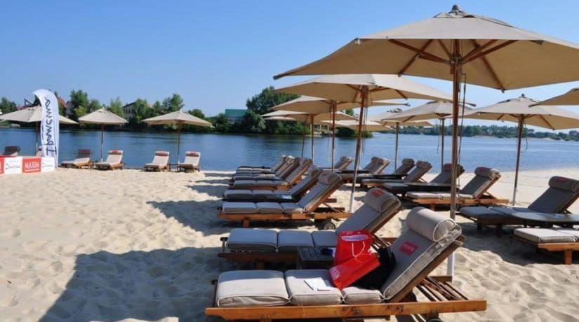 В Киеве будут обустроены три новых пляжа