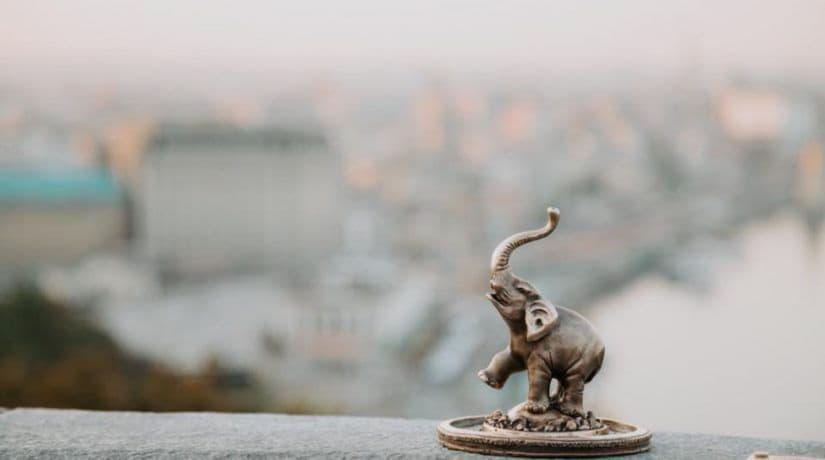 Возле Арки дружбы народов появилась новая миниатюрная скульптура